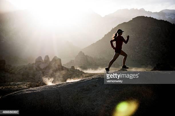 Mujer atleta corriendo