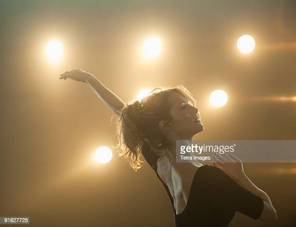 a female ballet dancer - performing arts event stock pictures, royalty-free photos & images