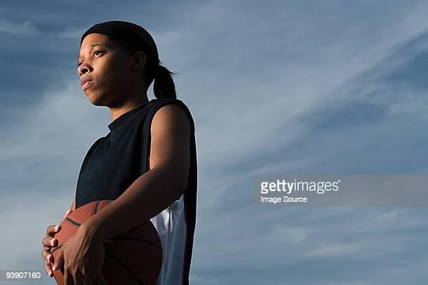 female basketball player - スポーツユニフォーム ストックフォトと画像