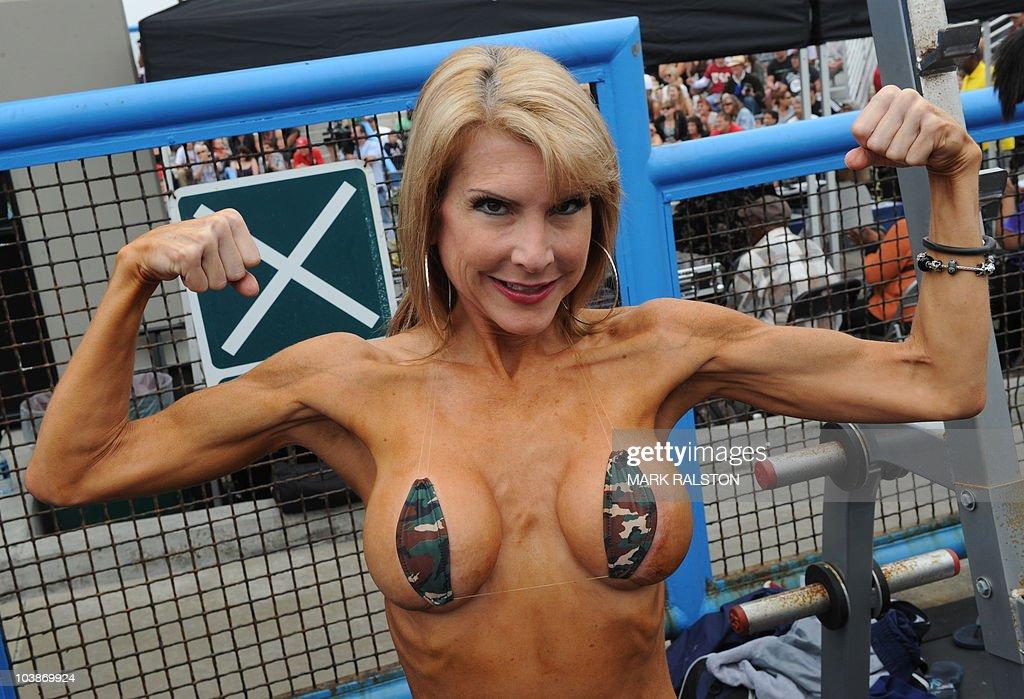Nude female bodybuilders photos-6703