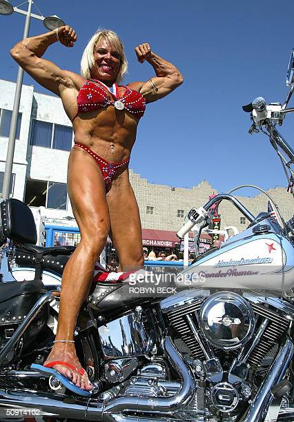 Muscle Beach Stock Photos and Pictures | Getty Images