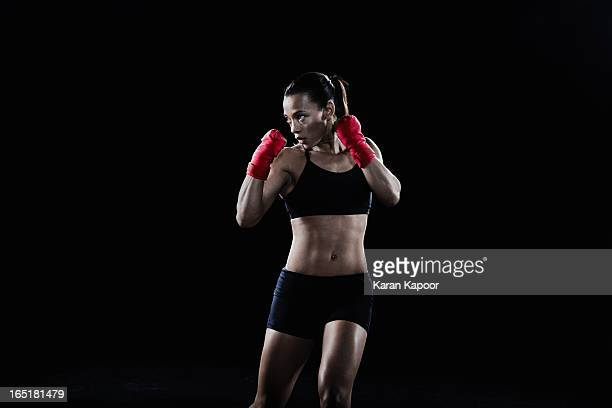 female boxer - combat sport stock pictures, royalty-free photos & images