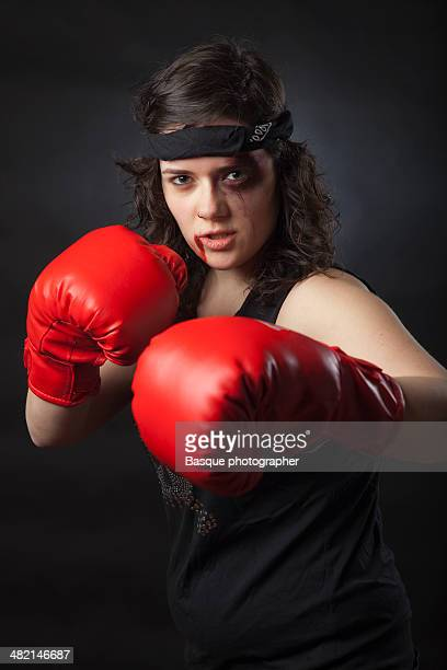 Female Boxer with red gloves
