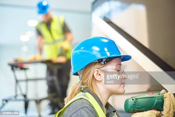 female building contractor