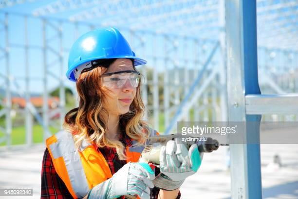 Weiblichen Bau Arbeiter passende Handläufe
