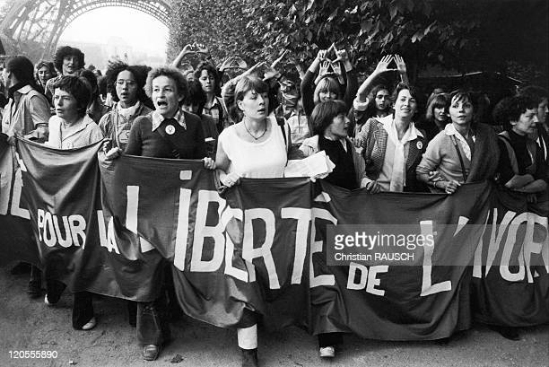 Female Contraception In France In 1979 Women march in Paris in favour of abortion and contraceptivesHuguette Bouchardeau leads the way