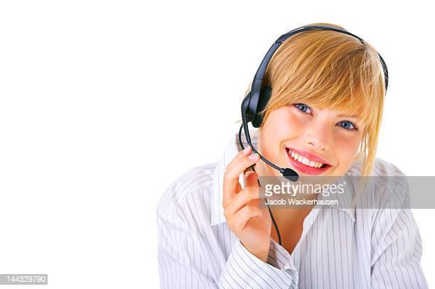 Représentant du service client souriant femme