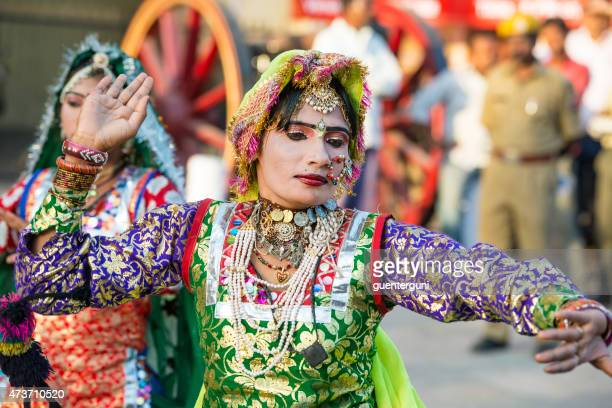 female dancer at the gangaur festival in jaipur, rajasthan, india - gangaur stock pictures, royalty-free photos & images