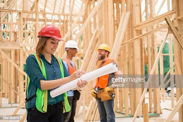 Femme engineeer. Travail site de Construction. Encadré bâtiment.