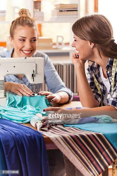Femme fashion designers de travail