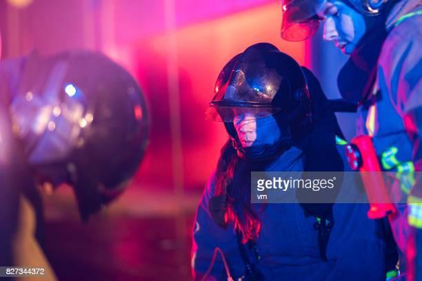 Weibliche Feuerwehrmann