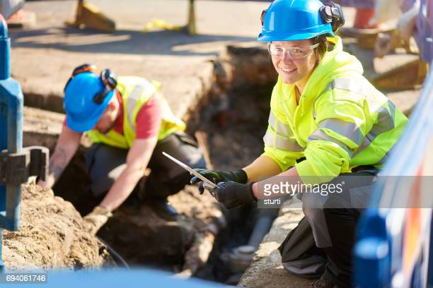 female gas ananlyst - sewer stock pictures, royalty-free photos & images