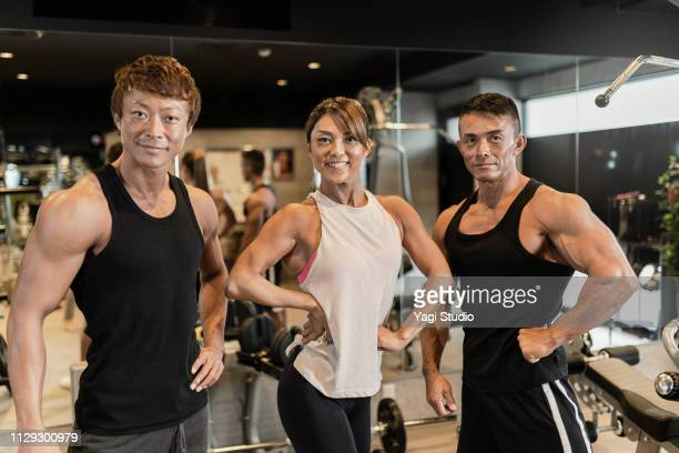 female gym instructors teaching training at private gym - only japanese stock pictures, royalty-free photos & images
