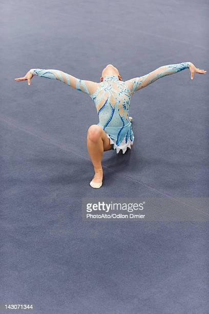 female gymnast performing floor routine - leotard stock pictures, royalty-free photos & images
