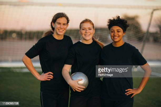 female high school soccer players - female high school student stock pictures, royalty-free photos & images