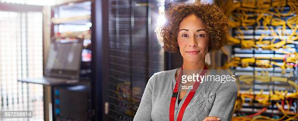 female it engineer - data center stock pictures, royalty-free photos & images