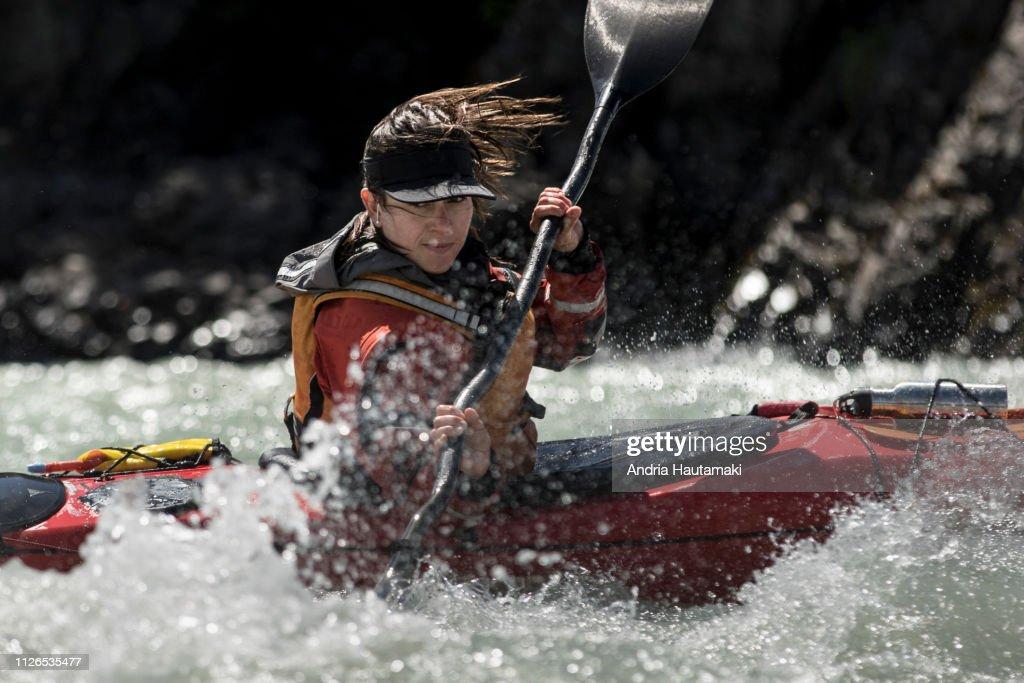 Female kayaker in Chilean Patagonia : Stock-Foto
