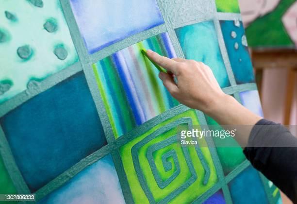 女性画家絵画 - 実物大 ストックフォトと画像