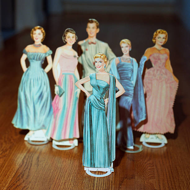 Paper Dolls Gowns Pictures | Getty Images
