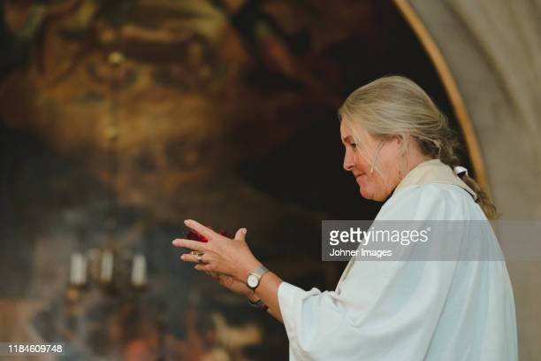 female priest - religious occupation stock pictures, royalty-free photos & images