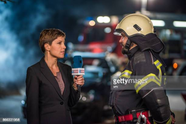 female reporter - journalist stock pictures, royalty-free photos & images