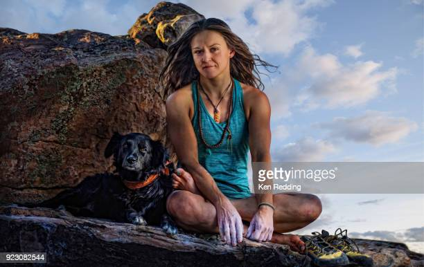 female rock climber - sarah hardy stock pictures, royalty-free photos & images