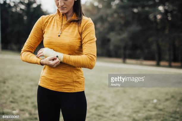 女性スポーツ persone 折り返し手