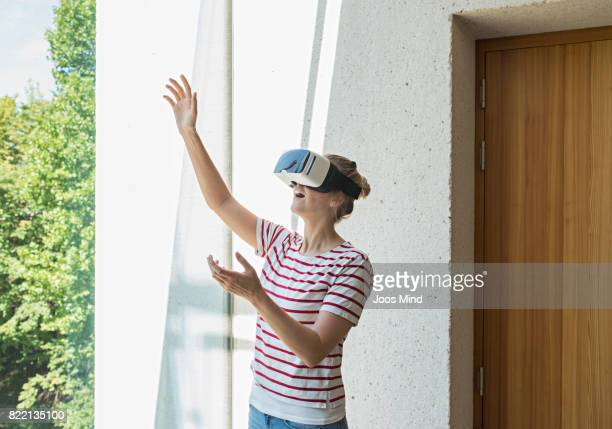 female student using Virtual Reality Glasses