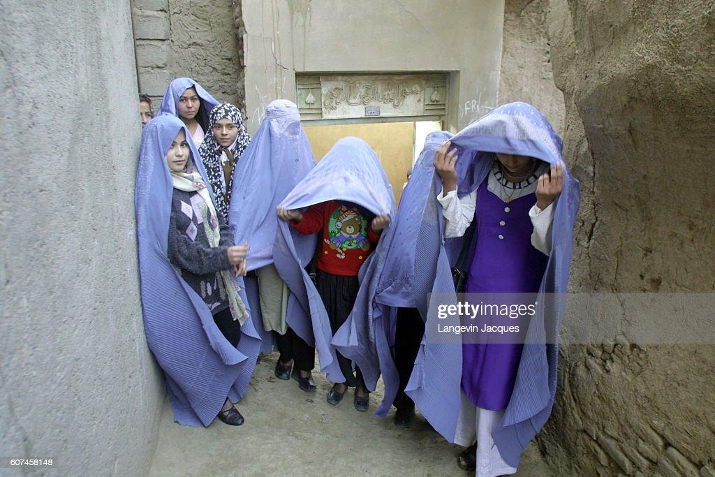 Clandestine School in Herat : News Photo