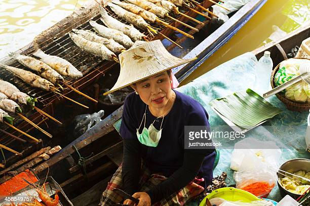 Female Thai chef on Taling Chan Floating Market