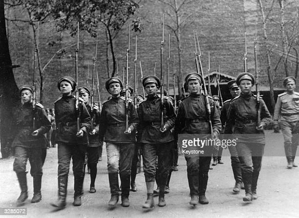 Female troops march during the Russian Revolution