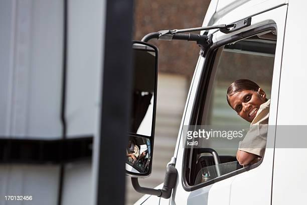 Femme Chauffeur routier