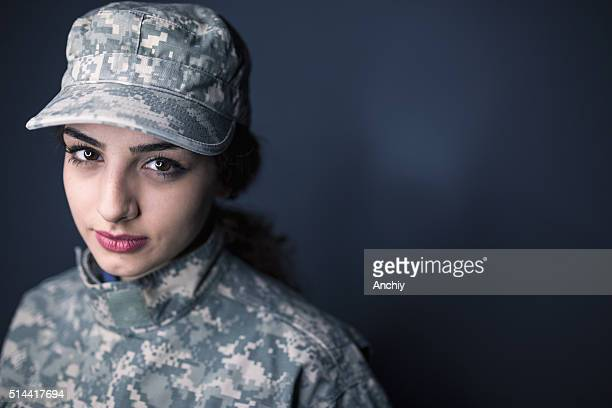 female us army soldier - army soldier stock photos and pictures