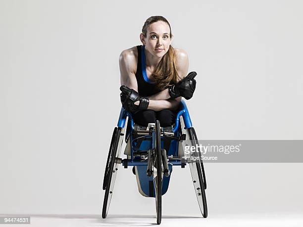 female wheelchair athlete - athleticism stock pictures, royalty-free photos & images