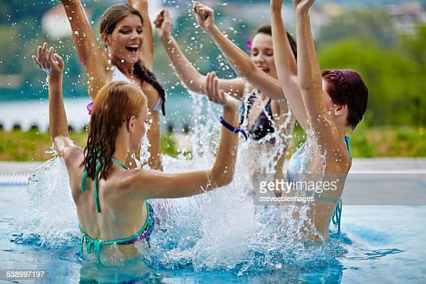 女性の時間をお楽しみいただけるプール