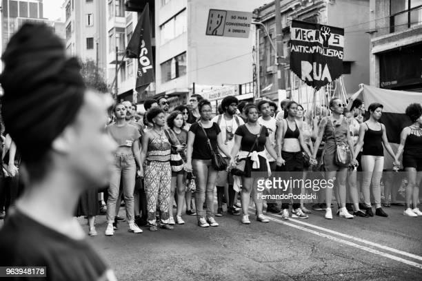 feminismo - comício político - fotografias e filmes do acervo