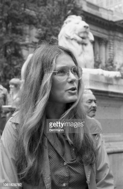 Feminist leader Gloria Steinem editor of MS magazine The National Organization for Women set up a signing station outside the New York Public Library...