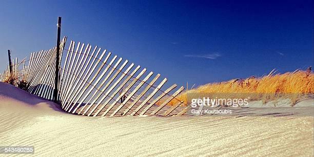 fence, jones beach state park, new york - jones beach stock pictures, royalty-free photos & images