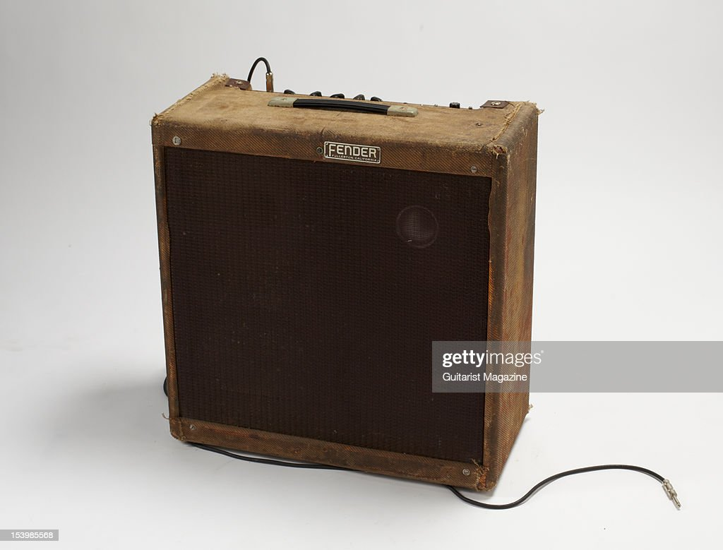 Amplis - Page 6 Fender-bassman-amplifier-owned-by-the-late-irish-musician-rory-a-picture-id153985568
