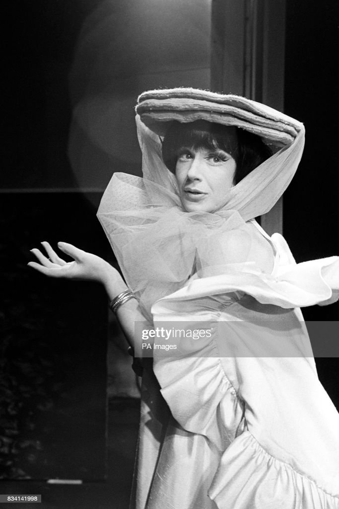 "Fenella Fielding, whose musical show ""So Much to Remember"" enjoyed such a successful season at The Establishment, pictured this : News Photo"