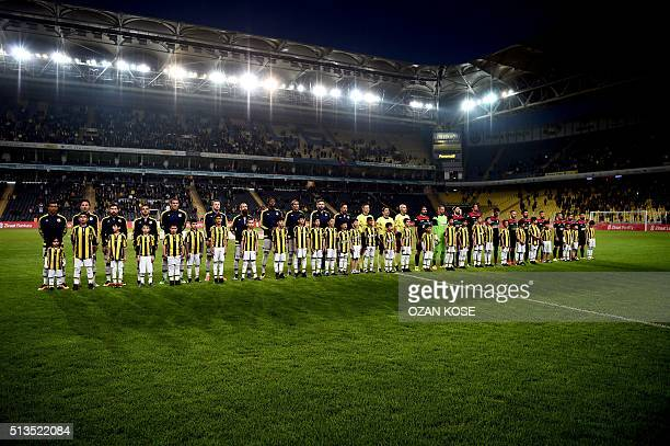 Fenerbahce and Amedspor`s line ups face the spectators prior to the Zirrat Turkish Cup football match between Fenerbahce and Amedspor at Fenerbahce...