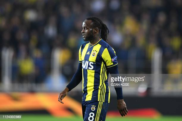 Fenerbahce's Nigerian midfielder Moses looks on during the UEFA Europa League round of 32 first leg football match between Fenerbahce SK and FC Zenit...