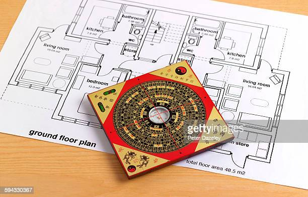 feng shui house building guidance - feng shui stock photos and pictures
