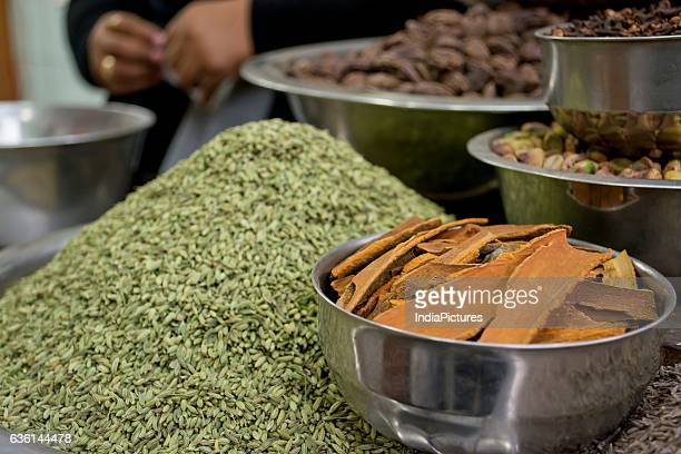 Fennel Seeds And Cinnamon For Sale At Marketindia