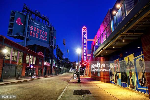 fenway park e a casa do blues na landsdowne street - boston massachusetts - fotografias e filmes do acervo