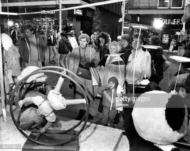 Fenwick's circus theme Christmas window in Newcastle. 11th December 1986.