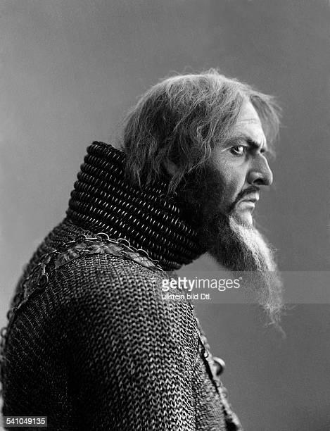 Feodor Chaliapin*13021873Opera singer Russia as 'Don Quixote' in Berlin