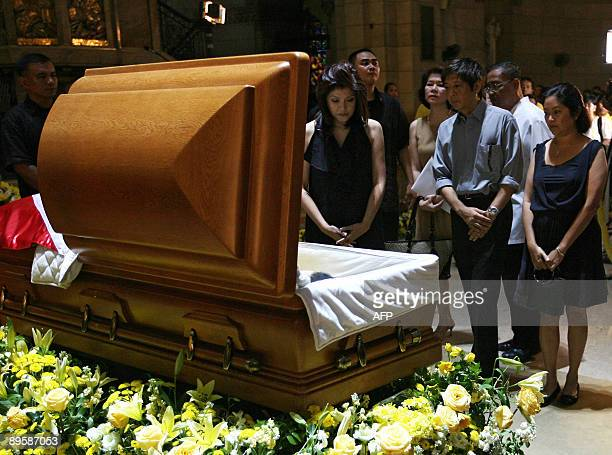 Ferdinand 'BongBong' Marcos Jr and Imee Marcos the children of the late Philippine president Ferdinand Marcos view the remains of the late president...