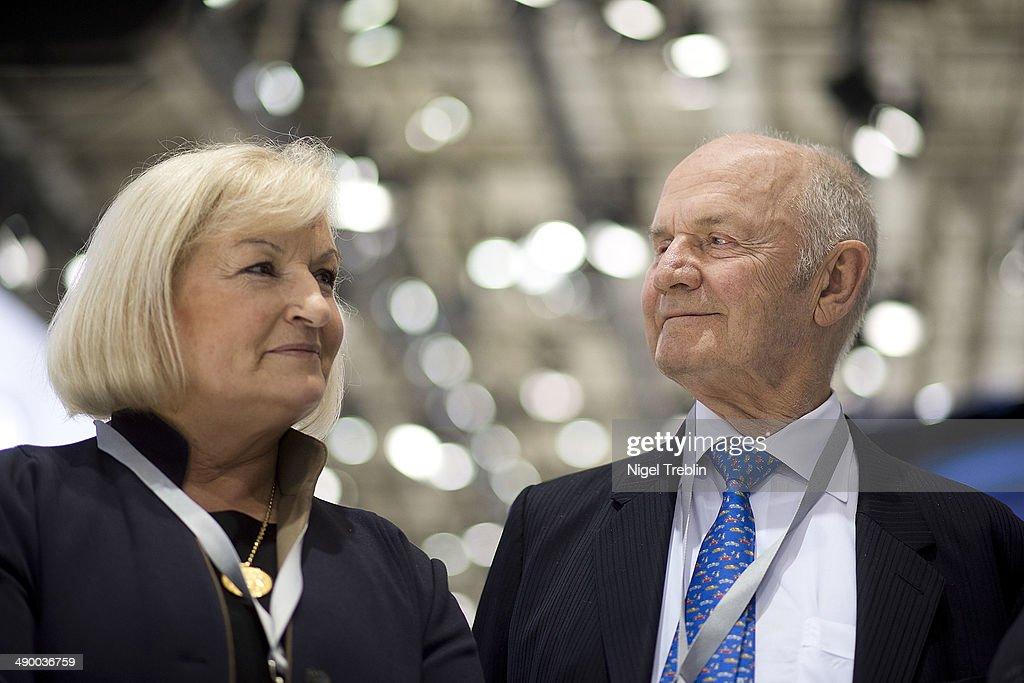 Volkswagen Holds Annual Shareholders Meeting : News Photo