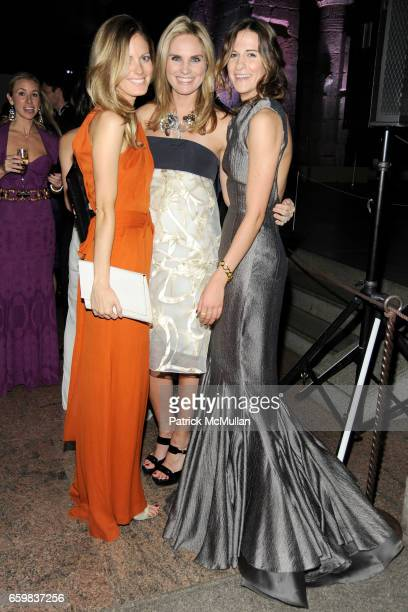 Ferebee Bishop Taube Annie Taube and Alexandra Fritz attend Apollo Circle Benefit 2009 Sponsored by Carolina Herrera at The Metropolitan Museum of...